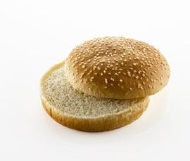 burgerboller_sesam_skåret