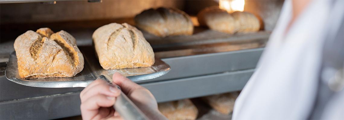 Sådan sparer du tid i køkkenet - med rådej eller bake-off